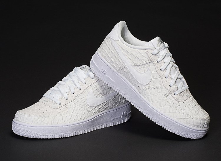 hot sale online c3391 4f61e ... NIKE AIR FORCE 1 LOW LV8 CROC PACK (749144-103) .